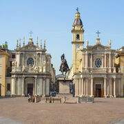 Car hire Turin